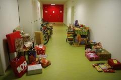 ...viele bunt verpackte Geschenke auch in diesem Jahr!